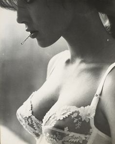 If I did a boudoir shoot I'd have to have a bobbypin in my mouth at some point.