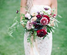 bold unstructured bouquet with two-tone dahlias