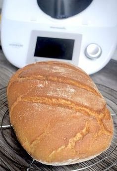 Crispy mixed bread from Thermomix® - my magic pot Fun Cooking, Cooking Recipes, Healthy Recipes, Kitchen Queen, Pampered Chef, Bread Recipes, Bakery, Food Porn, Brunch