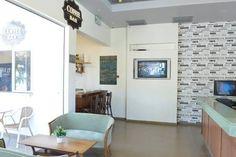 Edit Photos for 'Tsabar Triple Rooms' - Airbnb