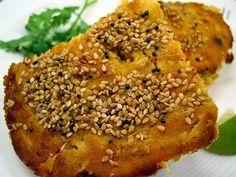 Vegetarian Cooking: ~ HANDVO (BAKED RICE CAKE) RECIPE ~