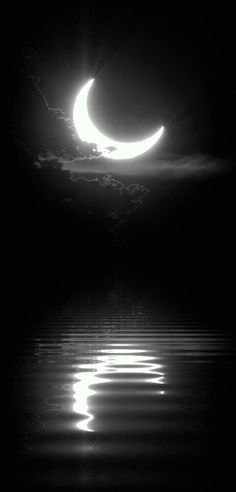 Half Moon~ Black & White Reflection