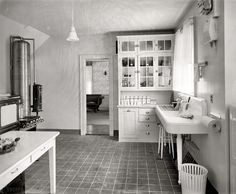1920 kitchen