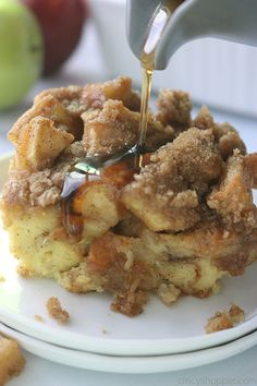 This Apple Overnight French Toast Casserole makes it easy to serve a crowd a filling breakfast. It's filled with diced apples and a delicious brown sugar cinnamon streusel topping. Since it is made ahead of time and baked, it is great for Thanksgiving or Christmas breakfast or brunch.