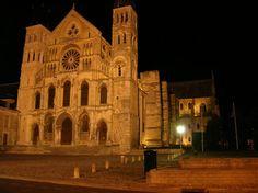 Champagne-Ardennes : Marne : Basilique Saint-Rémi de Reims