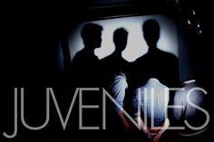 Le premier album éponyme des Rennais n'en finit pas d'épater par sa classe et son efficacité, et ce romantique et puissantWashed Awayne fera pas baisser les appréciations. Le clip ci-dessous : http://www.youtube.com/watch?v=pvUCpss1kJ4