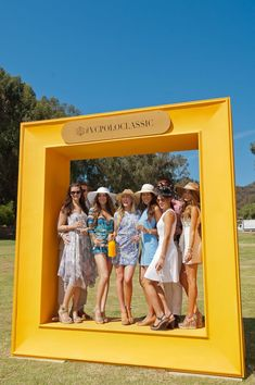The Veuve Clicquot Polo Classic - Lauren Nelson - The Fifth Annual Veuve Clicquot Polo Classic Los Angeles Sie sind an der richtigen St - Decor Photobooth, Photo Booth Backdrop, Backdrop Event, Event Photo Booth, Backdrop Design, Photo Booth Frame, Chillout Zone, Photowall Ideas, Veuve Cliquot