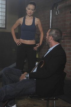 Hugh Laurie and Olivia Wilde in House M. Michelle Pfeiffer Scarface, Hollywood Actresses, Actors & Actresses, Skinny Celebrities, Medical Series, Gregory House, House Md, Gym House