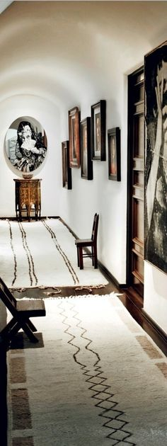 morrocan beni ourain rug in hallway via kishani perera blog