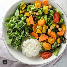 Vegan lunch/ dinner idea... Farmers market chopped salad + side of rice w/golden beets,steamed sweet potatoes, black beans,chickpeas, grape tomatoes and red leaf lettuce. Seasoned w/lemon,garlic powder and sea salt ...enjoy!