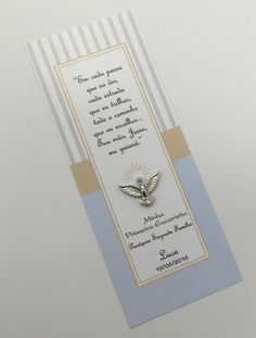 marcador-de-pagina-santinho-anjo-c-renda. Communion Prayer, First Holy Communion, First Communion Decorations, Christening, Bookmarks, Diy And Crafts, Lily, Baby Shower, Party