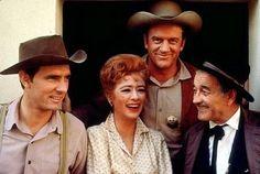 """Gunsmoke"" Dennis Weaver, Amanda Blake, James Arness, Milburn Stone C. 1961 CBS"