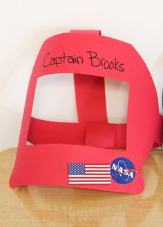 """""""A"""" is for """"Astronaut"""" Making helmets while studying the letter A and Space. Vbs Crafts, Paper Crafts For Kids, Diy Paper, Preschool Activities, Diy For Kids, Mercury Facts For Kids, Astronaut Helmet, Art Activities For Kids, Space Party"""