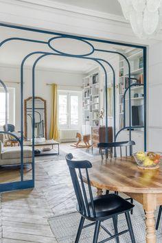 Appartement Paris 3 : un 4 pièces de 100 du siècle rénové - Apartment Room, Decor, House Design, Home And Living, Interior Design, Home Decor, Living Spaces, Room, Home Deco