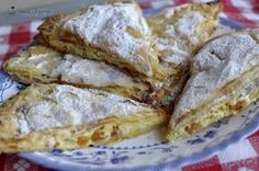 Aluat pentru placinta Romanian Food, Croissants, French Toast, Caramel, Bread, Cookies, Breakfast, Recipes, Pastries