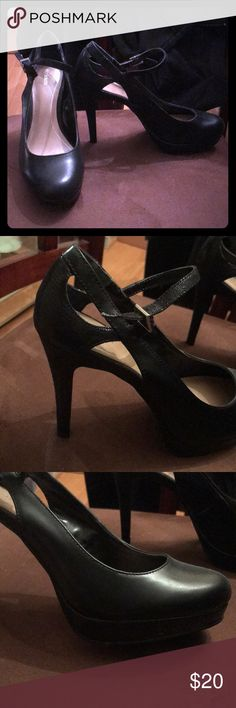 Size 7 black heels Size 7. Black heels, worn once. Shoes Heels