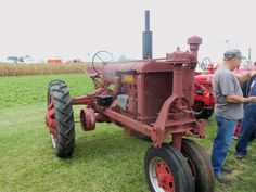 Farmall F-20 tricycle tractor