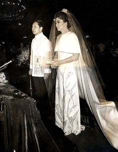 marcos wedding - Google Search 50th Anniversary Gifts, Wedding Anniversary, Cebu, Philippines Culture, Manila Philippines, Looking For Marriage, Filipiniana Dress, She Is Gorgeous, Beautiful