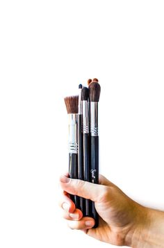 Beauty makes quality makeup brushes, cleaning tools and innovative gadgets. Check out why I'm obsessed with the brand and my latest goodies from them! Make Makeup, How To Apply Makeup, Best Makeup Brush Brands, Makeup Products, Beauty Products, Beauty Secrets, Beauty Hacks, Beauty Tips, Blond