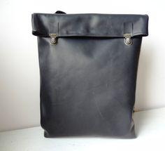 Minimalistische Leder-Rucksack / Leder Rucksack / Messenger / Laptop Shopper / Frauen / für sie / für ihn / schwarz / minimalistisch