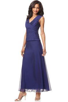 A-Line Princess V-neck Chiffon Mother Of The Bride Dress - IZIDRESS.com