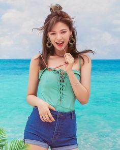 Twice Jeongyeon Summer Nights Nayeon, Kpop Girl Groups, Korean Girl Groups, Kpop Girls, Twice Jungyeon, Twice Kpop, Twice Chaeyoung, Twice Photoshoot, Suwon
