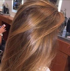 The 7 Most Common Questions About Hair Color: Answered! Brown Hair Looks, Reddish Brown Hair, Light Brown Hair, Light Hair, Hair Lights, Dyed Natural Hair, Natural Hair Styles, Long Hair Styles, Teenage Hairstyles