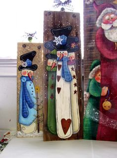 Barb's Heartstrokes: It's beginning to Look Allot Like.........Barn Wood!! Christmas Wood Crafts, Snowman Crafts, Christmas Signs, Christmas Snowman, Rustic Christmas, Christmas Projects, Winter Christmas, Holiday Crafts, Christmas Decorations
