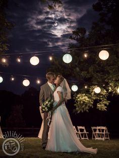 Amazing moon picture in Arkansas! #lightpainting #moonrise #bride #groom #Arkansaswedding #NWA #photographer www.billibilli.com Moon Pictures, Moon Rise, Southern Weddings, Light Painting, Arkansas, Summer Wedding, Groom, Bride, Wedding Dresses