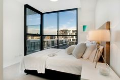 Brand new apartments close to the CBD, shopping strips, open green space and countless bar and restaurant options.