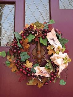 Inspiring Ideas with artist Jeanne Winters: Fall + Thanksgiving Wreaths