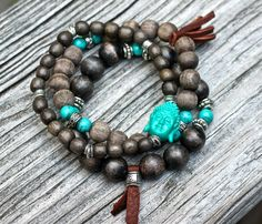I would like to try this with gray glass beads. Have the budda bead. Need some turquoise accent beads.