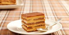 Argentina: The Chocotorta, Explained Choco Torta, Latin American Food, Sweets Cake, Dessert Drinks, Frozen Desserts, Cakes And More, Chocolate Desserts, Tapas, Sweet Tooth