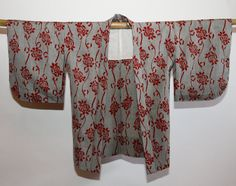 Authentic Japanese Vintage Fall/Winter Kimono Jacket Haori in Gray with Red Floral Motif