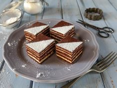 Stollwerck szelet házilag – aki kóstolta, azt mondja, finomabb, mint az eredeti - Blikk Rúzs Tiramisu, Sweets, Ethnic Recipes, Cakes, Food, Gummi Candy, Cake Makers, Candy, Kuchen