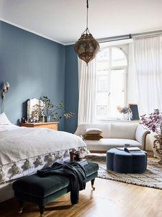 Descubre toda la belleza de esta casa en Estocolmo, espectacular y rebosante de personalidad propia. Cada detalle refleja la forma de ser de sus dueños.