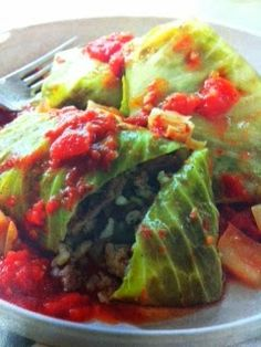 Easy crockpot recipes: Stuffed Cabbage with Tangy Tomato Sauce Crockpot Recipe