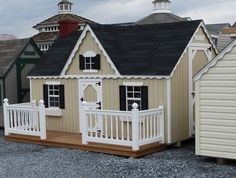 Love this little porch!