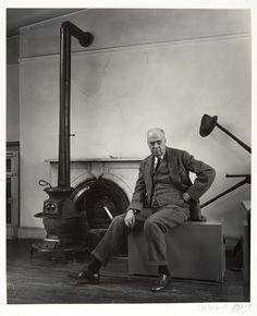 Edward Hopper, 1948 / photo by  Berenice Abbott / Gelatin silver print
