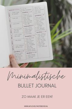 Ik laat je zien hoe je een functionele en minimalistische bullet journal kunt bijhouden, zonder dat het veel tijd kost! Bullet journal ideeën voor beginners | bullet journal tips | bullet journal minimalistisch | bullet journal inspiratie Bullet Journal First Page, Bullet Journal Hacks, Bullet Journal Spread, Bullet Journals, Art Journals, Planning, Planner Ideas, Journalling, Tips