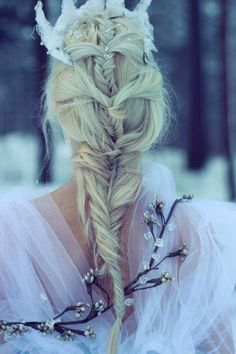 Love this mix of braids.