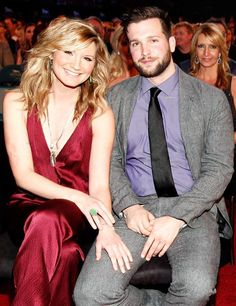 Jennifer Nettles of Sugarland welcomes a baby boy, Magnus!