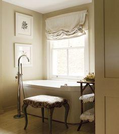 Pretty Ensuite Bathroom // Photo Chris Tubbs // House & Home January 2011 issue