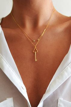 Delicate key necklace ~ @Cory Brine Brine Brine Brine Rheault (this is the sort simple jewlery design I spoke about)