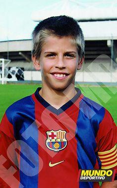 Piqué, 11 años en el club. El Barça hizo historia en Valencia con un '11' criado en la Masia.