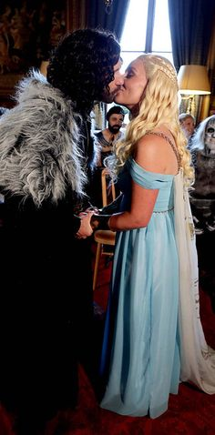 """This Couple Had A """"Game Of Thrones""""-Themed Wedding"""