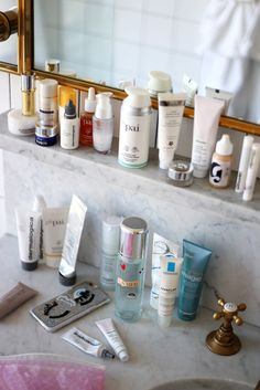 photo my skincare routine when travelling
