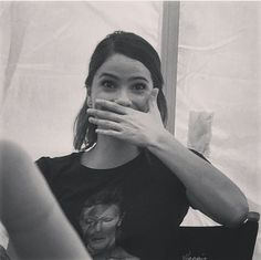 Adorable Shelley Hennig on set of her new movie when we first met