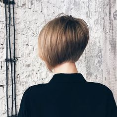 Short Layered Hairstyles For Fine Hair - Schulterlange Haare Ideen Medium Short Haircuts, Hot Haircuts, Popular Short Hairstyles, Bob Hairstyles For Fine Hair, Hairstyles With Bangs, Layered Hairstyles, Short Bobs, Natural Hairstyles, Layered Hair With Bangs