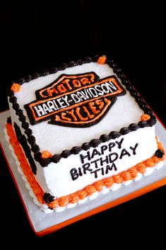 I made this cake for my boss's birthday. One layer of vanilla sponge stacked on top of a layer of chocolat. Bolo Harley Davidson, Harley Davidson Birthday, Hubby Birthday, 7th Birthday, Birthday Ideas, Motorcycle Cake, 50th Cake, Vanilla Sponge, Cute Cakes